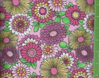 Bright pink/yellow,White Daisy flowers on Light Pink flannel