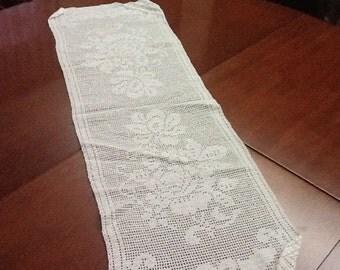 Crochet table runner/corremesas crochet