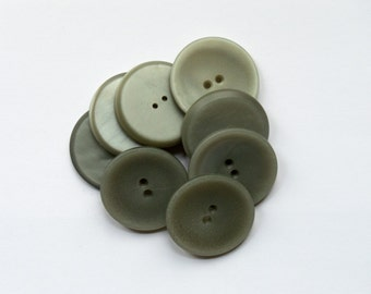50g Large Grey Buttons