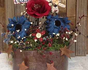 Primitive Americana/ Fourth of July Floral Arrangement