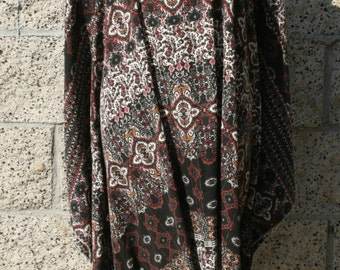 Poncho style top/tunic, paisley pattern, beige/black/brown tone, bikini cover, resort style, size 3X-4X