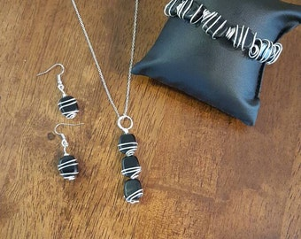 Silver & black wire wrapped set