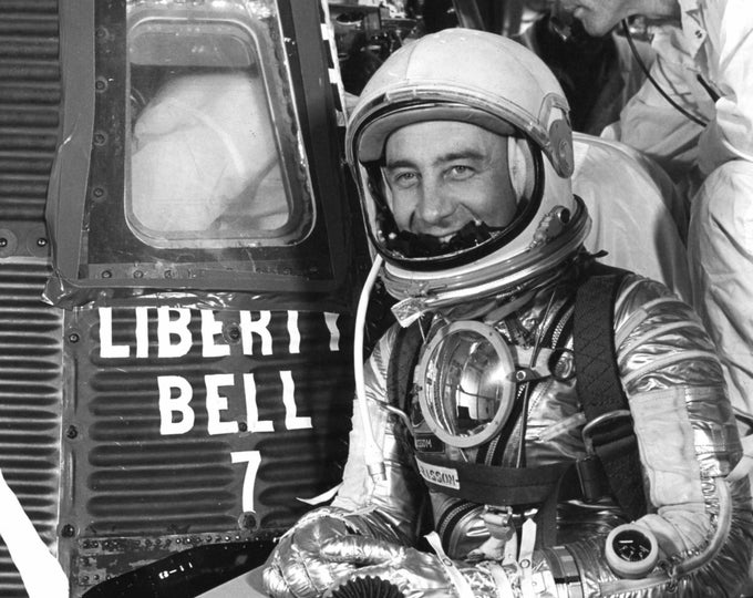 Mercury Astronaut Gus Grissom Prepares to Enter the Liberty Bell 7 Capsule - 5X7, 8X10 or 11X14 Photo (EP-012)