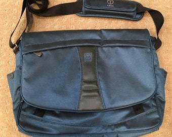 TUMI T-Tech Messenger Bag (Blue)