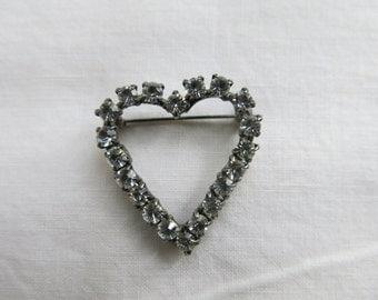 Vintage heart-shaped sparkly diamante brooch