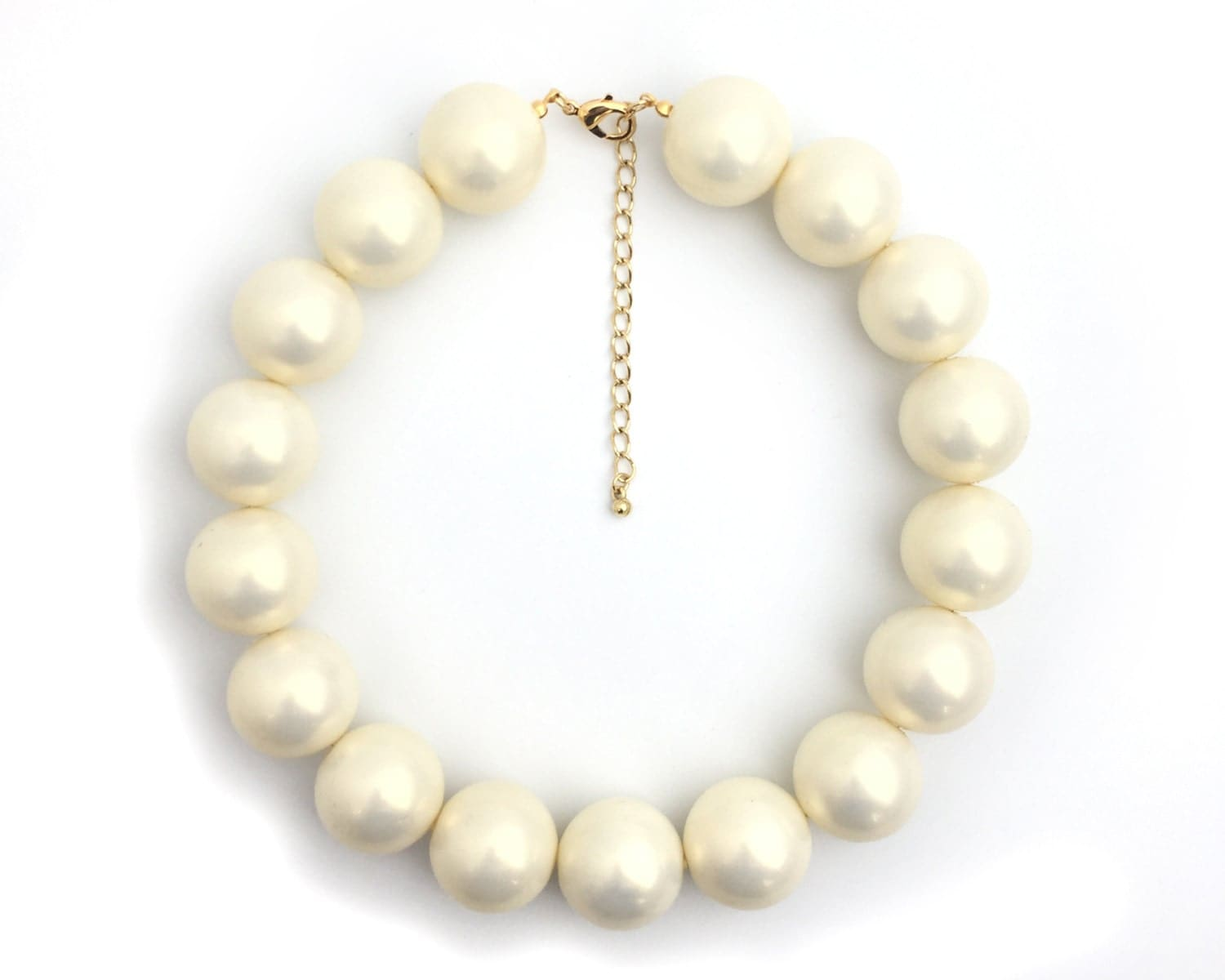 chunky pearl necklace big pearl necklace faux pearl