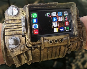 pipboy 3000 DIY phone case!