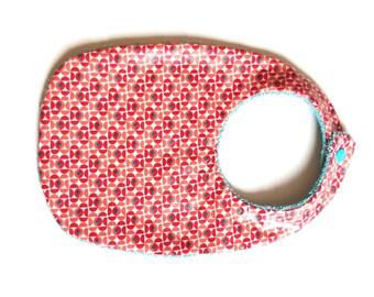 Bib coated geometric patterned cotton