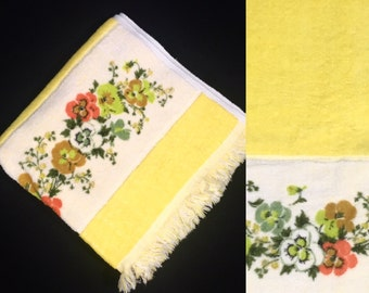 Vintage Towel   Bath   Bright Yellow Pansy Flower Band