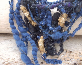 Art yarn statement necklace Merino
