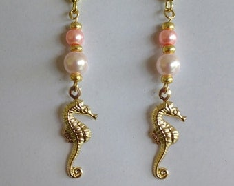 Gold Seahorse earring