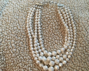 """Very nice vntage silver tone ladies white bead necklace 15"""" to 16 1/2"""" adjustable"""