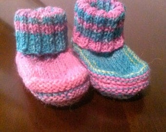 hand knit acrylic newborn booties