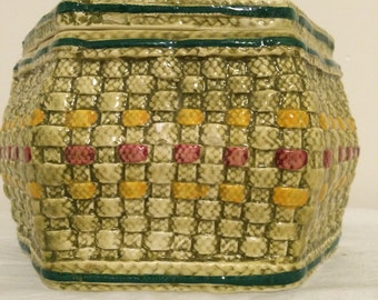 Vintage Ethan Allen  Italy Pottery Box Shaped & Texturized as Basket