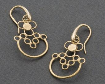 gold earrings,gold plated earrings,dangle  earrings,delicate earrings,wedding earrings,stylish earrings,gift for her