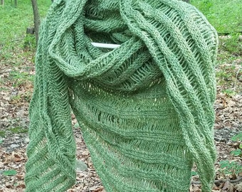 Airy green shawl