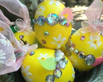 Decorative eggs/yellow decorations/Easter eggs/Malyovanky egg/thank you gift/ party decoration/ teacher gift/ daisy design