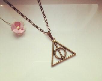 Triangle long chain, fan love, HeiligtümerdesTodes, magic wand, cloak, stone
