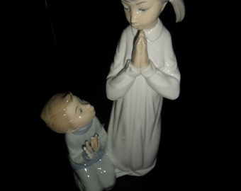 Lladro Brother and sisiter Praying Figure