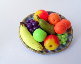 Fruit brooch 45 x 40 mm