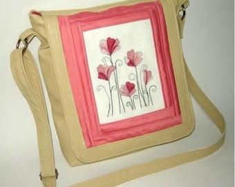 Embroidered leatherette handbag - Araiza