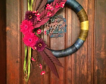 Tropical-Inspired Live Love Laugh Wreath