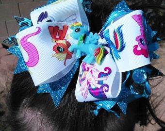 Custom made hair bows!!