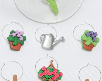 The garden, identifiers wineglasses, great gift, hostess, birthdays, shower. This set includes 8