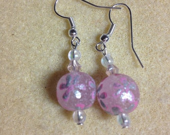 Pink frosted glass flower design earrings