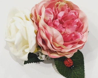 Pink peony and white rose