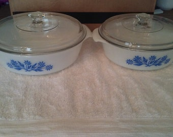 Vintage Anchor Hocking Fireking Set of 2 Casserole Dishes With Lids.