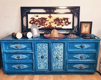 Gorgeous Royal Blue Dresser