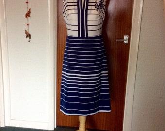 Vintage 60's mod nautical chic A-line navy & white stripe midi dress with dagger collar VGC