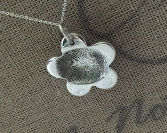 Fingerprint necklace - medium