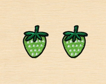 Set of 2 pcs Mini Green Strawberry Strawberries Berry Fruits Iron On Patches Sew On Appliques