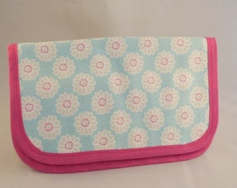 Turquoise Daisy Tool Roll