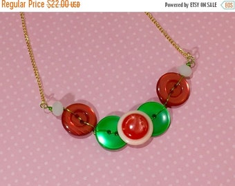 Christmas Necklace, Vintage Button Necklace, Red and Green, Holiday Necklace, Button Jewelry, KreatedbyKelly