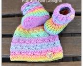 Bébé bonnet - chapeau bébé - chaussons-laine chaussons chaussures - chaussons de bébé arc en ciel - bébé Pastel - Crochet chaussons et bonnet - bonnet