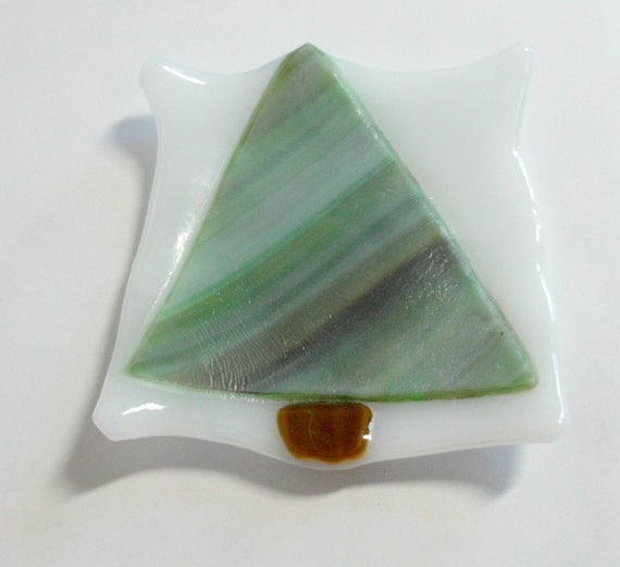 Small shallow Fused glass dish - pine tree Fused Glass - candle holder - Decorative dish - christmas - organic square - white base