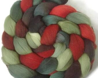 Handpainted Targhee Wool Roving - 4 oz. HOLLY BERRY- Spinning Fiber