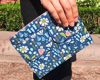 Blue Ladies Wallet Wristlet, Smartphone Wristlet Wallet, Wristlet Purse, Large Wristlet, Wallet Purse, Wrist Wallet