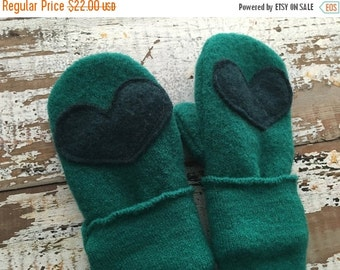 30% OFF SUPER SALE- Wool Heart Mittens-Teal-Toddlers-Eco Friendly