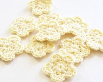 Mini Crochet Flower Appliques, Pale Yellow Flower, Flower Embellishment, Scrapbooking, Set of 10, Miniature Flower, Crochet Flower Motif