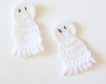 Crochet Ghosts, Ghost Applique, Halloween Applique, Halloween Emellishment, Autumn Applique, Fall Applique, Crochet Ghost Motif, Set of 2