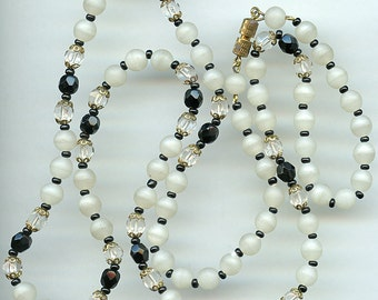 """Vintage Necklace 32"""" Black Glass and Crystal Frosted White 2449"""