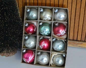 Vintage Boxed Set of Christmas Ornaments