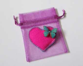 Felt Brooch In A Bag - Mia - Brilliant Pink Heart With Butterfly - Accessory - Pin - Lovely Gift Idea