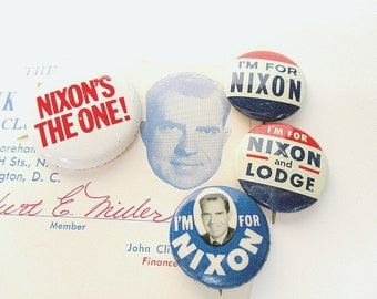 Dick Nixon Club Card and Political Buttons, 1960