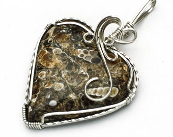 Turritella Heart Shaped Cabochon Swirls and Curls Argentinum Sterling Silver Pendant