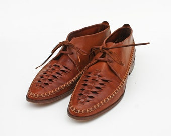 JD Woven Leather Oxfords. 5.5